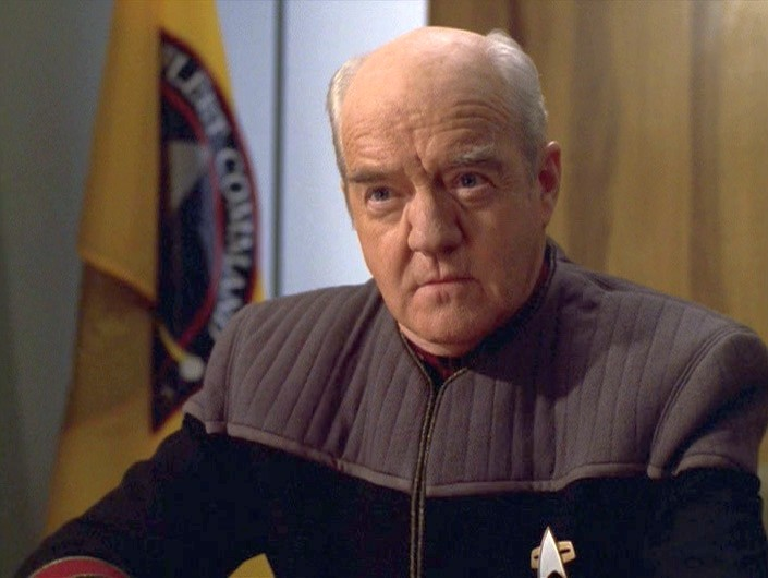 Richard-Herd-as-Admiral-Owen-Paris-on-Star-Trek-Voyager.jpg